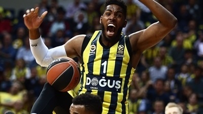 Fenerbahce's Thompson promises blood, sweat and tears