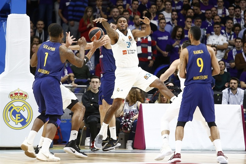 Trey Thompkins - Real Madrid - EB17