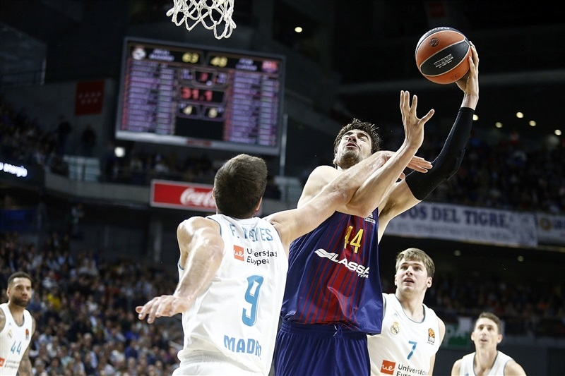 RS Round 12  Real Madrid vs. FC Barcelona Lassa - 2017-18 SEASON ... 5ece4ad6c