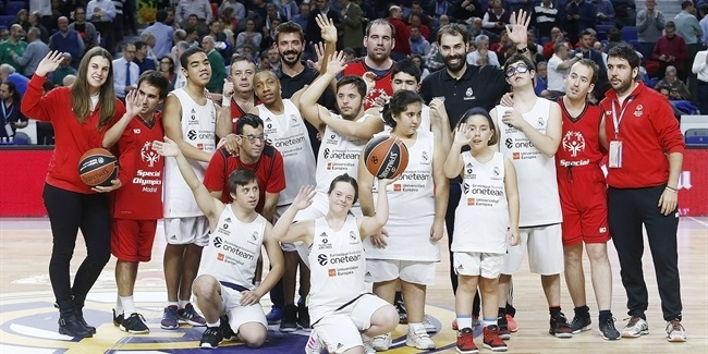 Turkish Airlines EuroLeague teams celebrate One Team Games