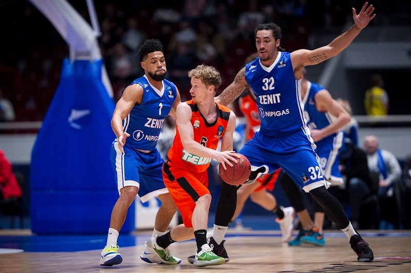 Per Guenther - ratiopharm Ulm (Photo Zenit) - EC17