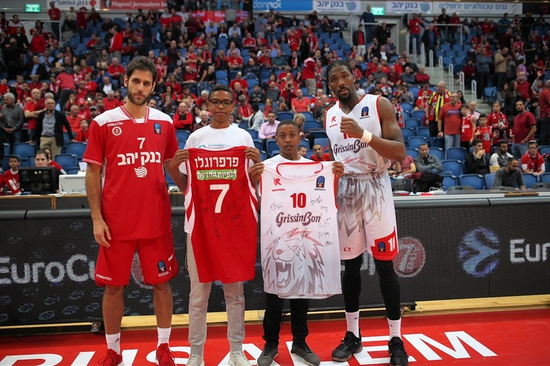 One Team in Jerusalem, Stratos Perperoglou and Jalen Reynolds - Hapoel Jerusalem (photo Hapoel) - EC17