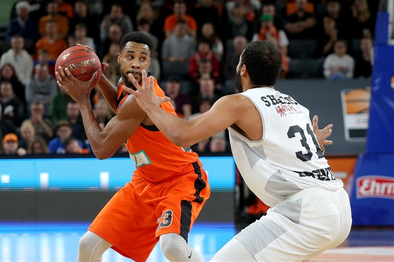 Toure Murry - ratiopharm Ulm  (photo Ulm - Florian Achberger) - EC17