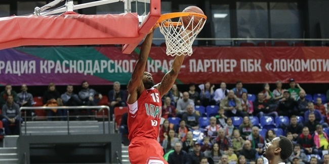 Tofas signs veteran center Elegar