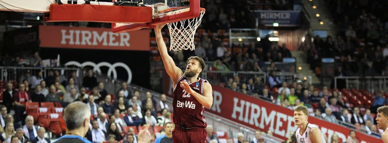 Bayern, Barthel agree to extension
