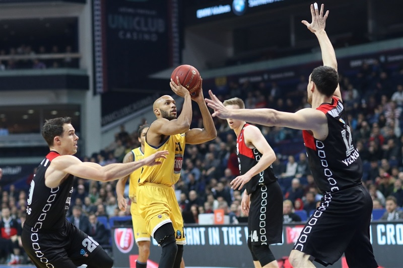 Andre Jones - Fiat Turin (photo Rytas) - EC17