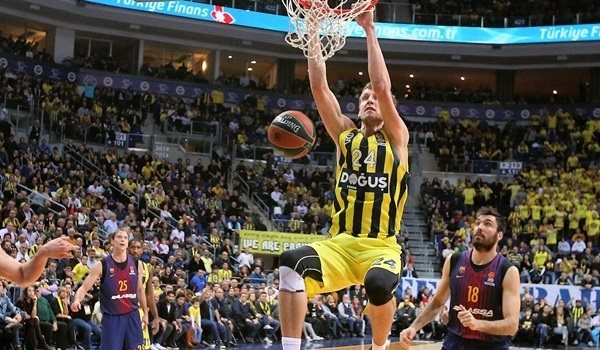 Round 22 MVP: Jan Vesely, Fenerbahce Dogus Istanbul