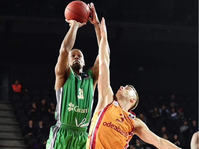 James Bell - Darussafaka Istanbul (photo Darussafaka) - EC17