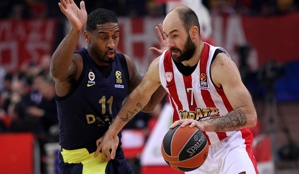 RS Round 21 report: Spanoulis, Strelnieks star as Olympiacos sweeps champs