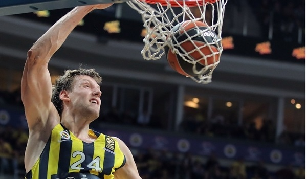 RS Round 22 report: Vesely makes sure that Fenerbahce downs Bamberg