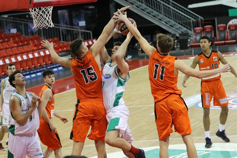 Lou Demuth - U18 Real Betis Energia Plus Seville - ANGT Munich 2018 (photo Matthias Stickel - FCBB) JT17
