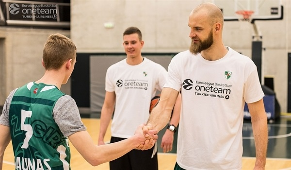 One Team participants make promise to Zalgiris ambassadors: no more crimes