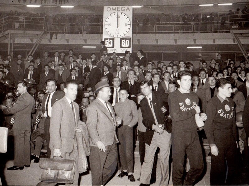 Score at the Belgrade Fair after the 1961 EuroBasket final, Yugoslavia 63-70 USSR