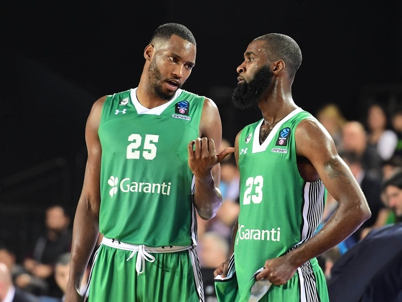 JaJuan Johnson and Howard Sant-Roos - Darussafaka Istanbul (photo Darussafaka) - EC17