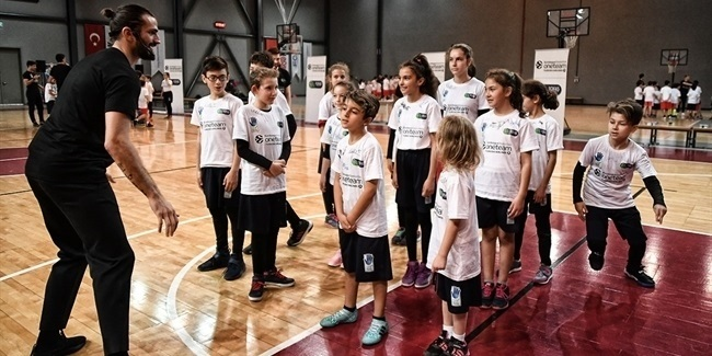 Tofas provides leadership lessons with One Team