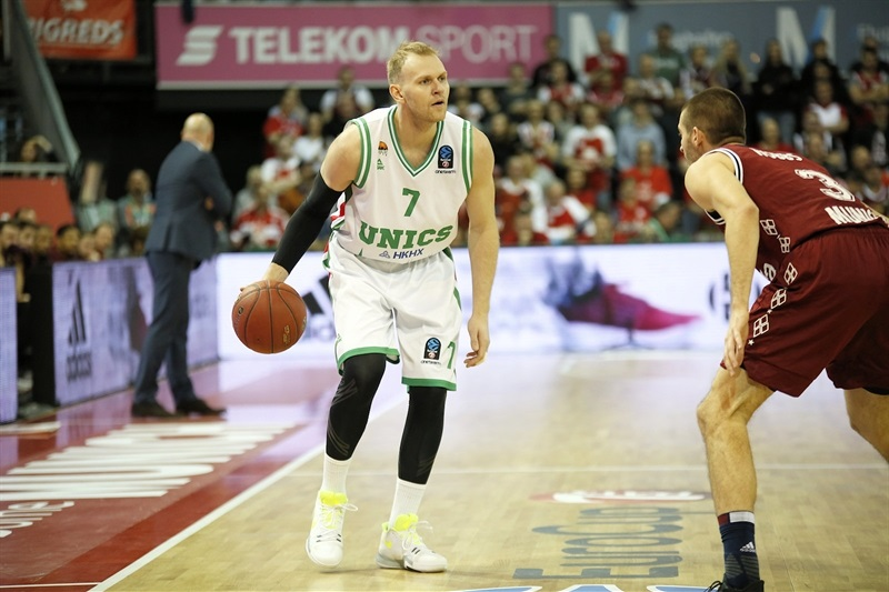 Anton Ponkrashov - UNICS Kazan (photo FCBB) - EC17