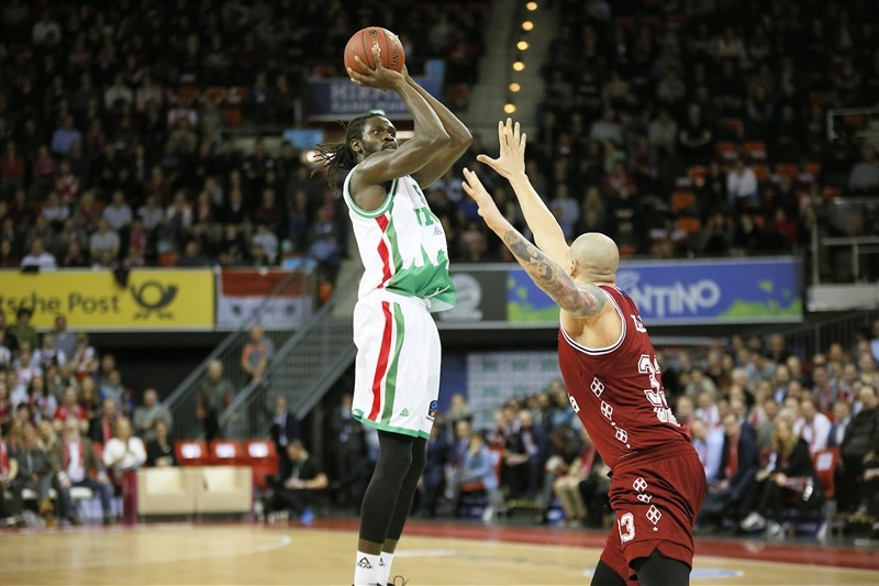 Maurice Ndour - UNICS Kazan (photo FCBB) - EC17