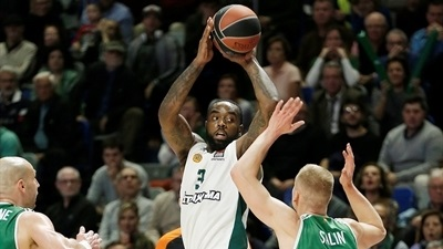 Rivers leads Panathinaikos to comeback win