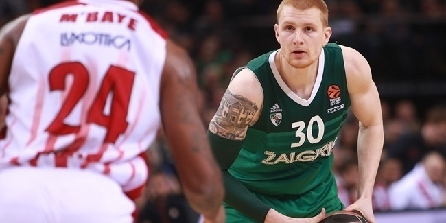 "Aaron ""Highlight"" White, helping Zalgiris soar"