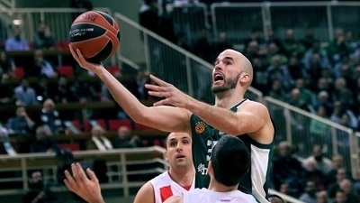 Greens cruise past Zvezda and into playoffs
