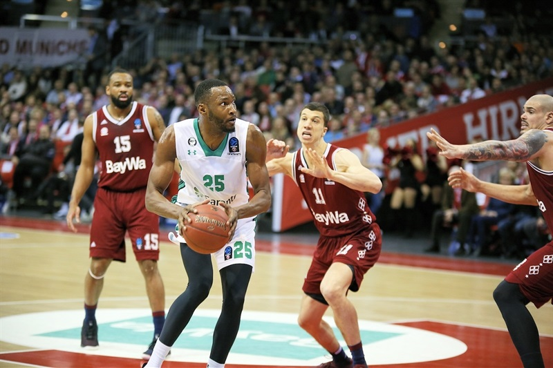 Jajuan Johnson - Darussafaka Istanbul (photo FCBB) - EC17