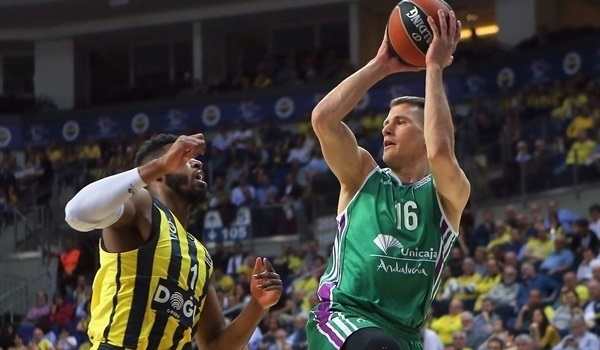 RS Round 30 report: Nedovic's career night lifts Unicaja past Fenerbahce