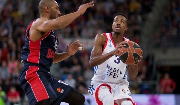 RS Round 30 report: McCollum leads Efes to big win in Vitoria