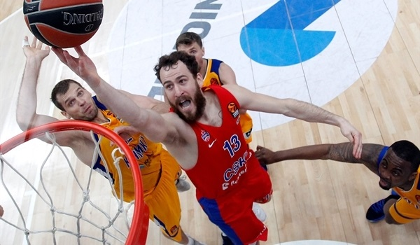 CSKA holds off Khimki in tight opener