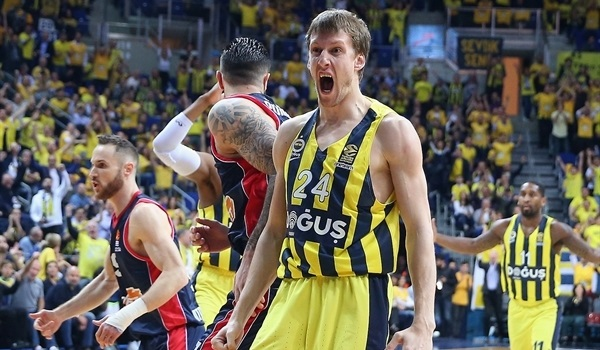 Playoffs Game 1 report: Fenerbahce fights off Baskonia, goes up 1-0