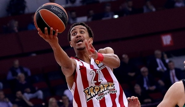 Unicaja lands veteran guard Roberts