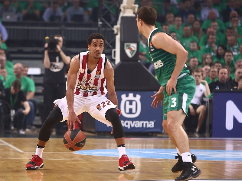 Brian Roberts - Olympiacos Pieaus - EB17