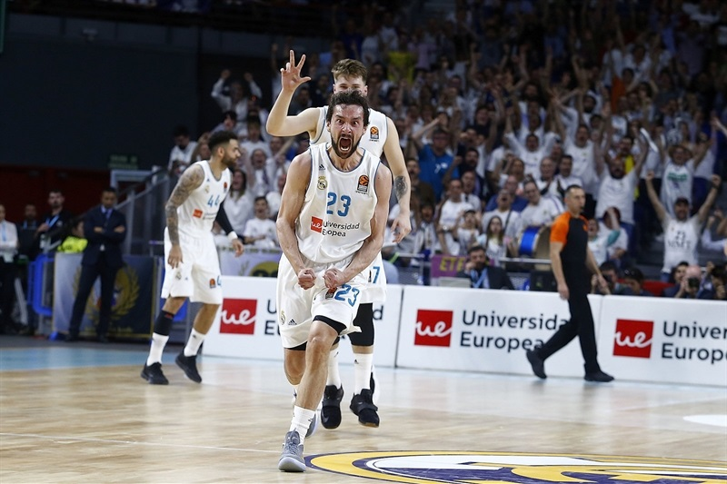 Sergio Llull celebrates - Real Madrid - EB17