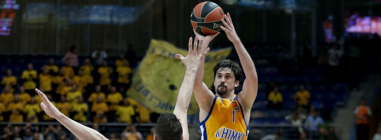 Shved exits with record-breaking performance