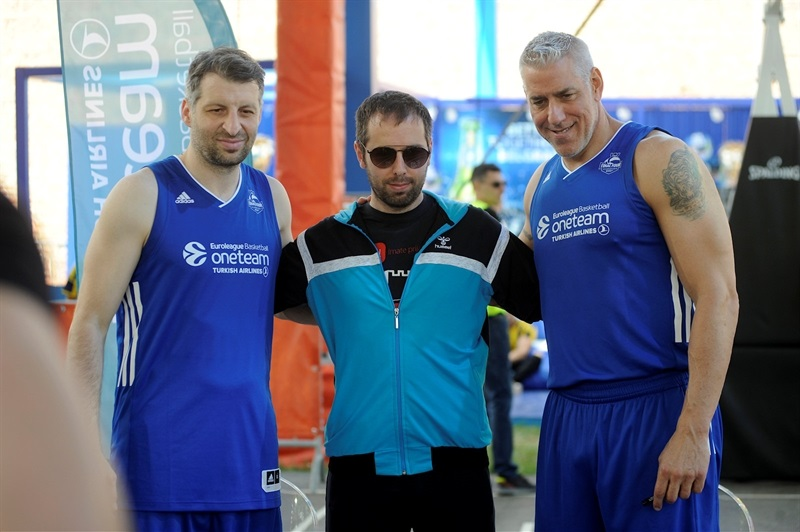 Papaloukas and Arlauckas - Ambassadors Exhibition Game in FanZone - Belgrade 2018 - EB17