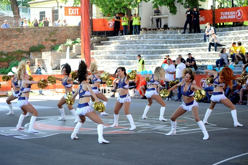 EFES Euroleague Dancing in action - One Team Session & Ambassadors Exhibition Game in FanZone - Belgrade 2018 - EB17