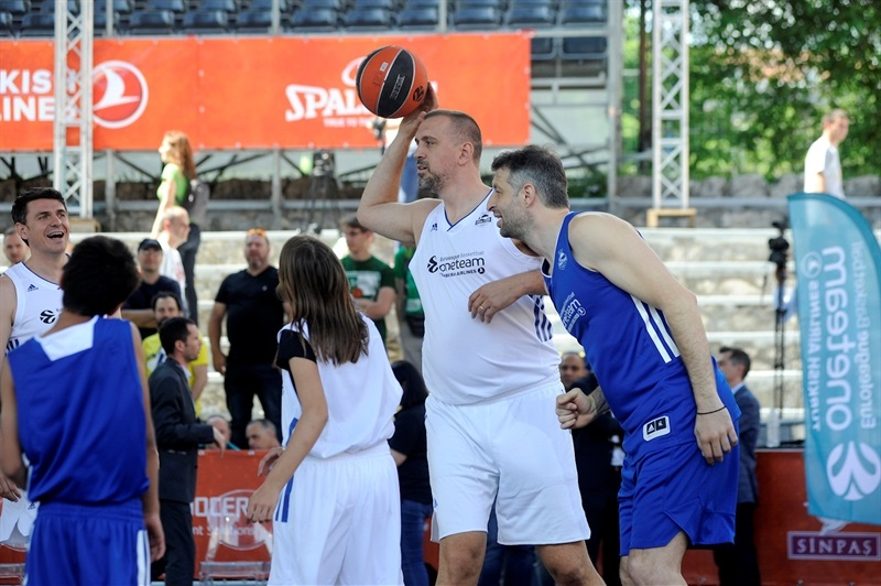 Nikola Vujcic - One Team Session & Ambassadors Exhibition Game in FanZone - Belgrade 2018 - EB17