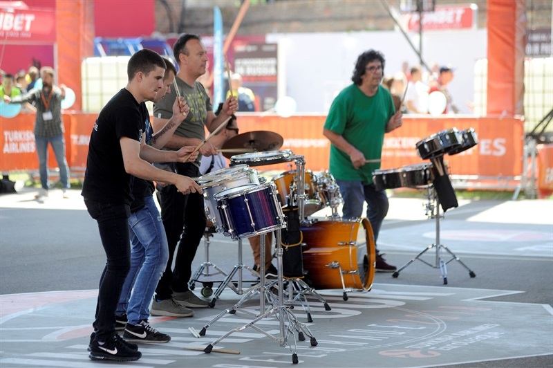 Musicians - One Team Session & Ambassadors Exhibition Game in FanZone - Belgrade 2018 - EB17