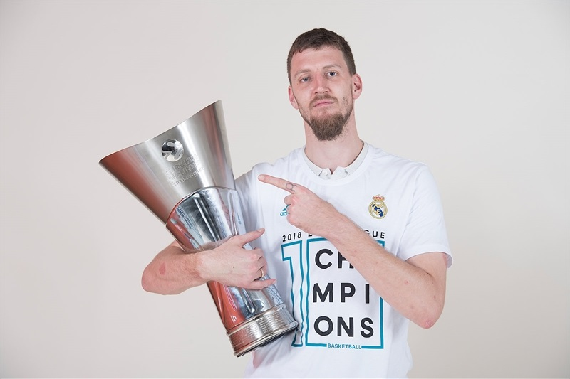Ognjen Kuzmic - Real Madrid  trophy photo shoot - Belgrade 2018 - EB17