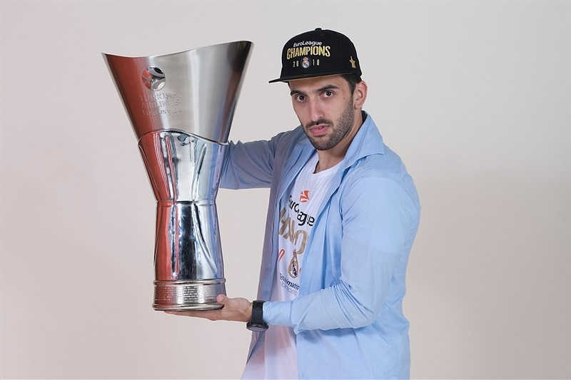 Facundo Campazzo - Real Madrid  trophy photo shoot - Belgrade 2018 - EB17
