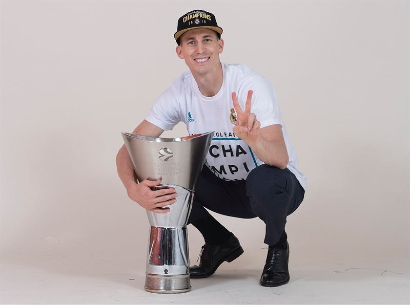 Jaycee Carroll - Real Madrid  trophy photo shoot - Belgrade 2018 - EB17