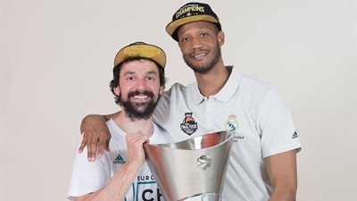 Final Four photos: Real Madrid trophy shoot