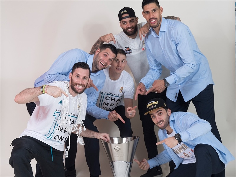 Real Madrid  trophy photo shoot - Belgrade 2018 - EB17