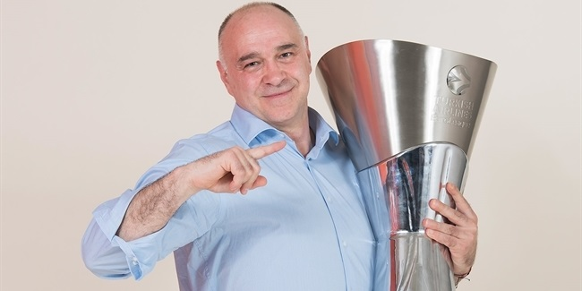 Laso named Gomelskiy EuroLeague Coach of the Year for second time