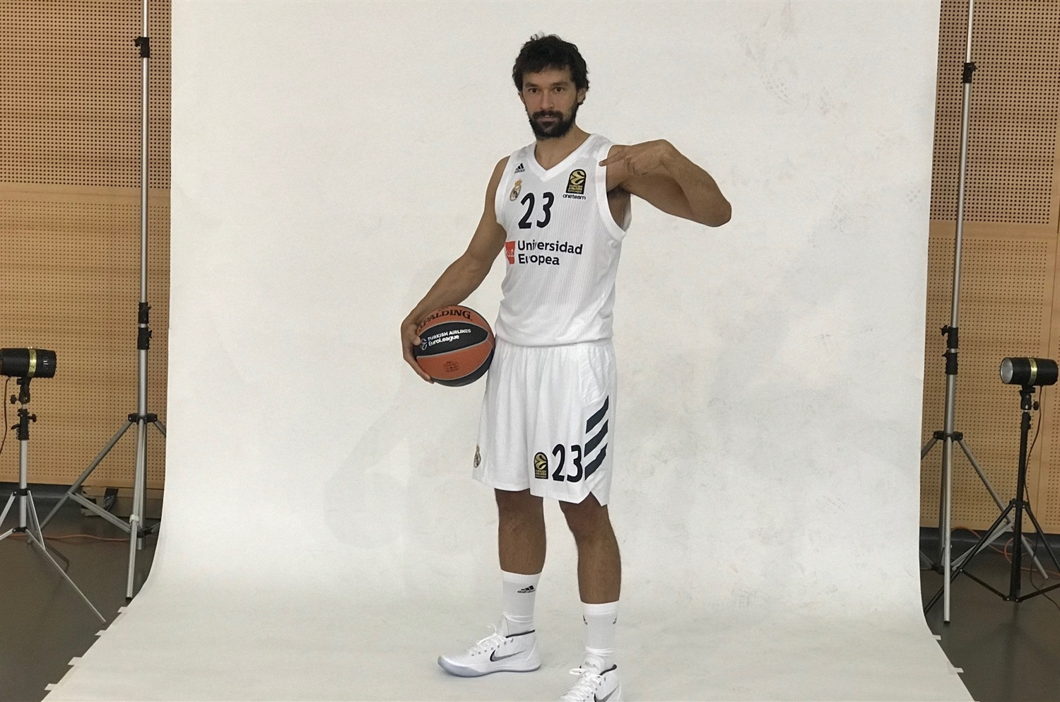 Sergio Llull - Real Madrid Media Day 2018 - EB18