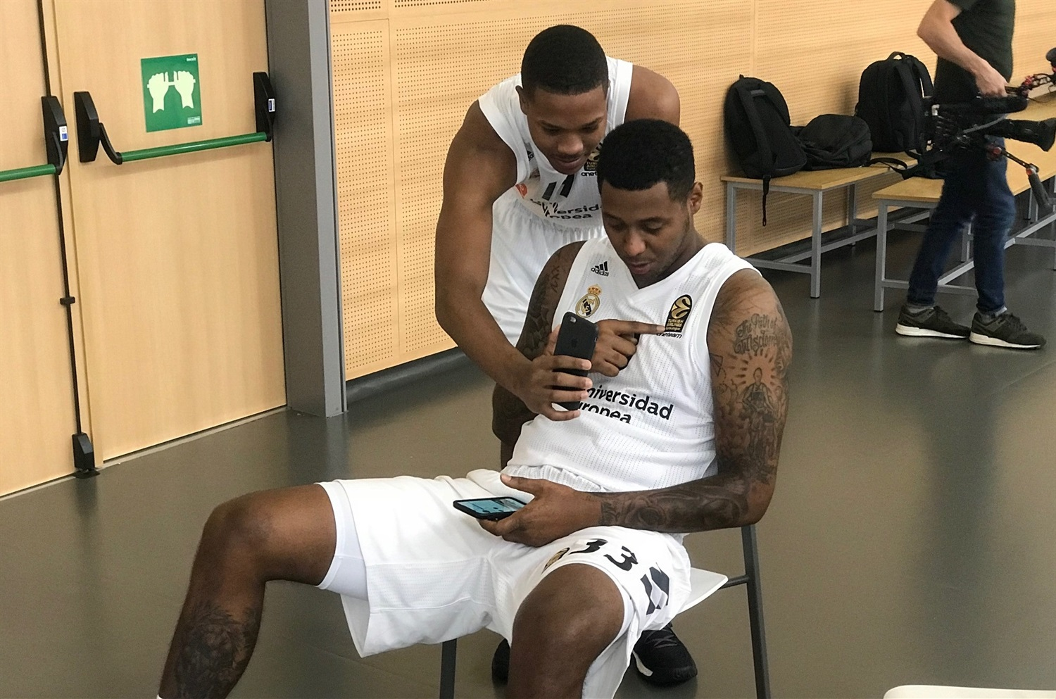 Melvin Pantzar and Trey Thompkins - Real Madrid Media Day 2018 - EB18