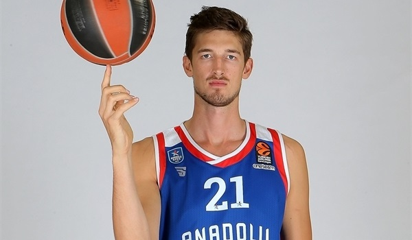Interview, Tibor Pleiss, Efes: 'It is like a big family, all the EuroLeague players'