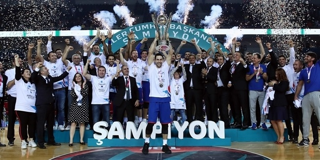 Efes beats Fenerbahce for Turkish President's Cup