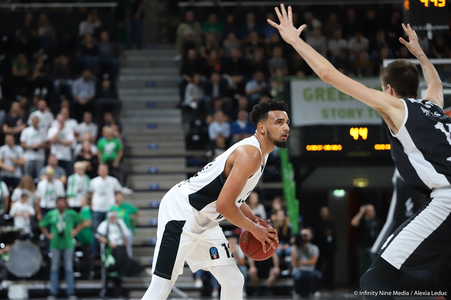 Amine Noua - LDLC ASVEL Villeurbanne (photo Infinity Nine Media - Alexia Leduc) - EC18