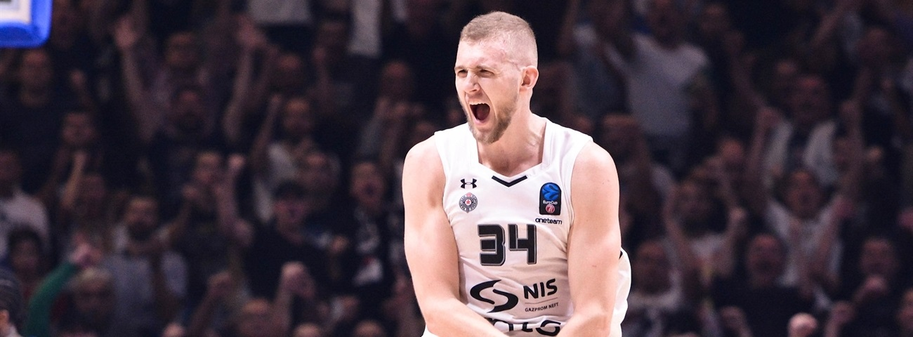 Zalgiris signs center Landale for next season