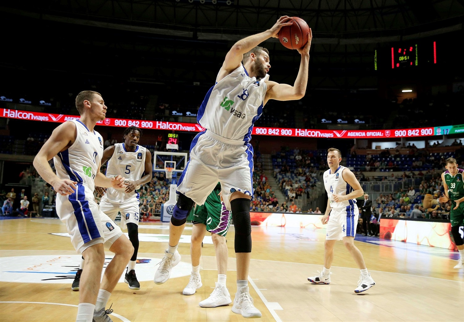 Jonas Wohlfarth-Bottermann - Fraport Skyliners Frankfurt (photo Unicaja) - EC18